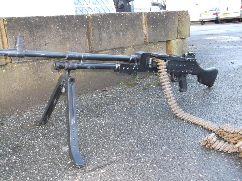 MILITARY MUCKABOUTS - Machine Guns