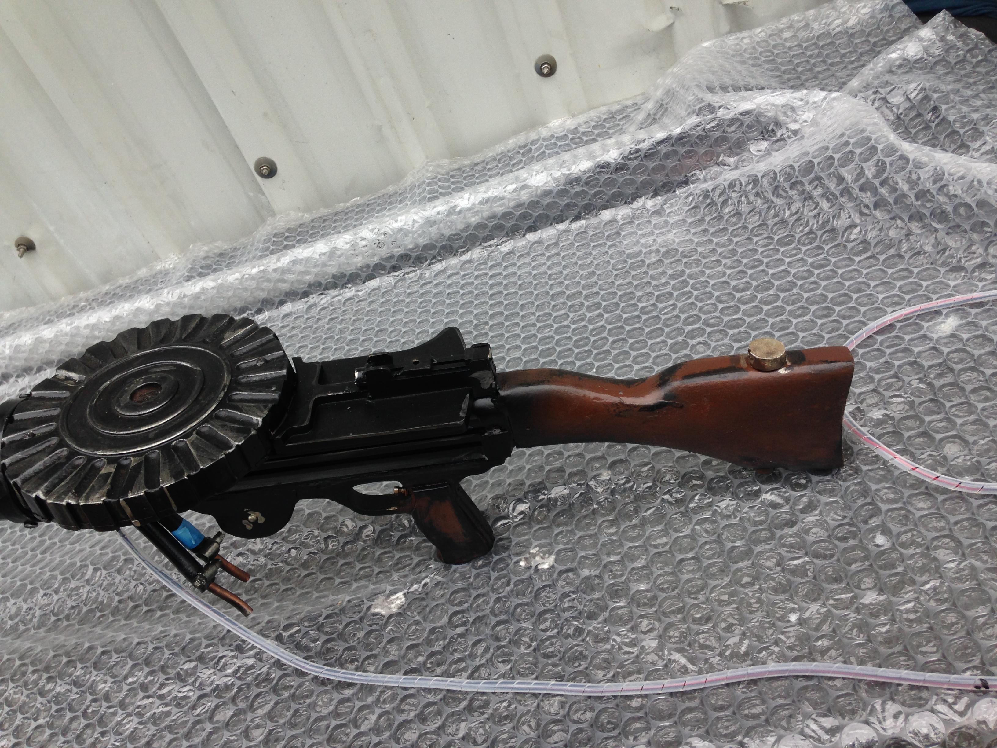 MILITARY MUCKABOUTS - Simulated Firing Guns